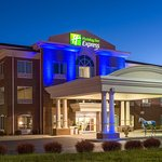 Holiday Inn Express & Suites Lexington Dtwn Area-Keenland