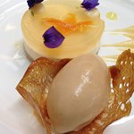 Lemon cheesecake at Pallant gallery, chichester