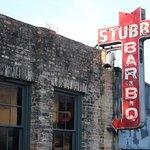 Stubs Bar-B-Q - Sign on the Side - July 2018