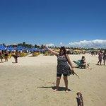 playa , sombrillas, laguna