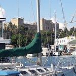 Θεα στην μαρινα και στο καστρο απο το Yachting club Cafe!