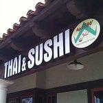 Foto de Cafe de Thai and Sushi
