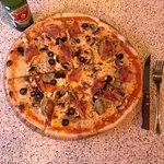 Pizza cuatro estaciones! Deliciosaaa