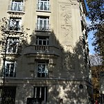 Bas-reliefs du 16 rue Chardon Lagache