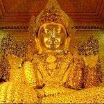 ภาพถ่ายของ Maha Myat Muni Pagoda- Mahamuni Buddha Temple