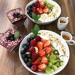 lekkie i zdrowe sałatki owocowe