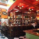 Bild från The Pub at International Plaza
