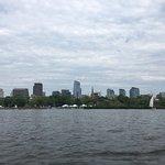 Φωτογραφία: Paddle Boston - Charles River Canoe & Kayak