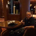 V Lounge & Restaurant Foto