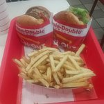 Фотография In-N-Out Burger