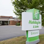 Holiday Inn Hotel & Suites St. Cloud
