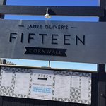 Jamie Oliver's Fifteen Cornwall resmi