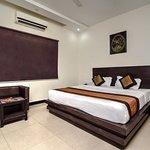 OYO 4012 Hotel Avalon Taj Agra