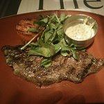 rib eye steak with bearnaise sauce