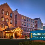 Staybridge Suites Omaha 80th & Dodge