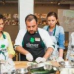 Мастер-класс в кулинарной студии Clever с Марко Проццоли. Готовим равиоли с цукини и лососем