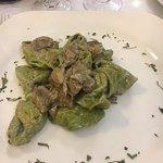 Tortelloni verdi con funghi porcini
