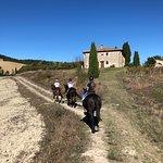 Borgo Pignano Horseback Riding-billede