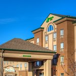 ‪Holiday Inn & Suites Grande Prairie - Conference Centre‬