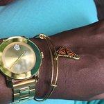 Фотография Jewels & Time Duty Free Jewelers