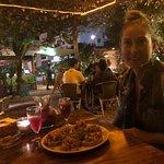 Sitio espectacular, terraza perfecta comida calidad precio un 11 .