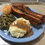 Pork Spare Ribs w/green beans & mashed potatoes