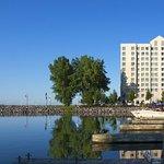 金斯顿水之边缘万豪居家酒店