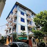 OYO 4475 Hotel Akash Continental