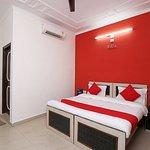 OYO 6064 Home Stay Siddhi Palace