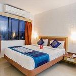 OYO 10209 Hotel AVS Sweet Magic