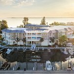 Waterline Marina Resort & Beach Club, Autograph Collection