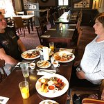 2018 white hart 158 high street harlington Hayes middlesex breakfast