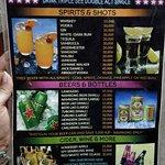 ภาพถ่ายของ Sakura Bar