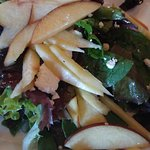 House Salad w/ apples