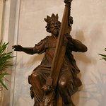 Sculpture en bois du roi David