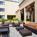 Courtyard by Marriott St. Louis Westport Plaza