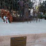 La scultura di Giuseppe Garibaldi e Anita