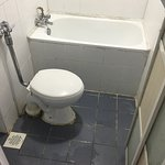dirty unclean bathroom