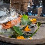 Trucha Patagónica, Emulsión de rábano picante, papas andinas  y algas marinas patagónicas