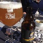 Plaatselijk artisanaal gebrouwen bier van l'Abbey de Flône.