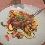 Foto de Helo Restaurant