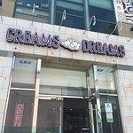 Creams and Dreamsの写真