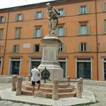 Monumento a Luigi Galvani Görüntüsü