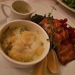 Salmon with garlic potatoes