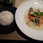 Curry vert au boeuf et riz nature