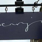 Photo de Henry's Restaurant