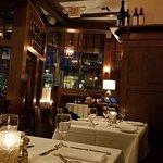 صورة فوتوغرافية لـ Mill's Tavern