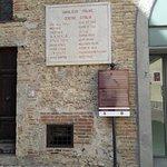 صورة فوتوغرافية لـ Umbilicus Italiae