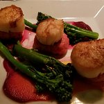 Scallops with beet risotto