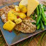 Snook's Bayside Restaurant & Grand Tiki Foto